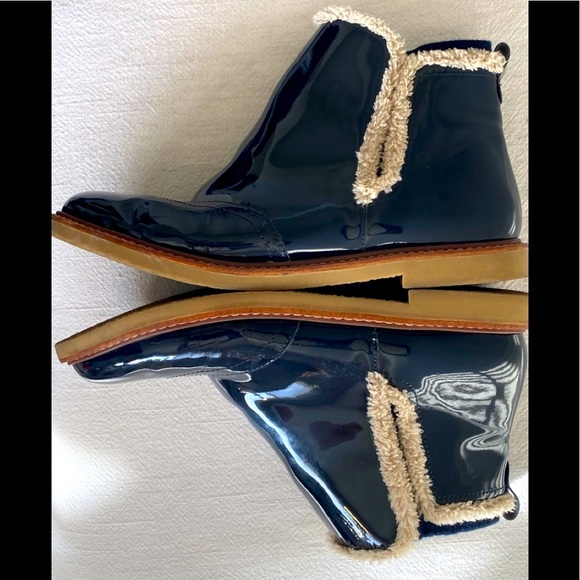 ZARA BOOTS PATENT LEATHER  39 US 9